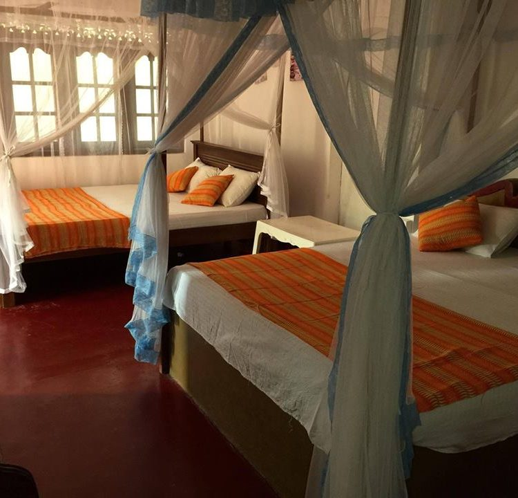Beach House - double rooms from €14 p/n
